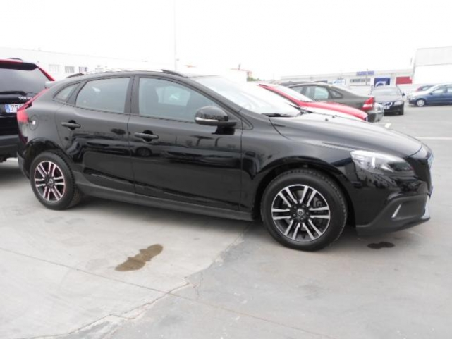 Volvo V40 Cross Country segunda mano Madrid